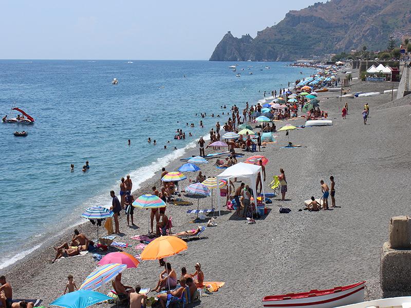 Giardini naxos spiagge spiaggia recanati sicilia